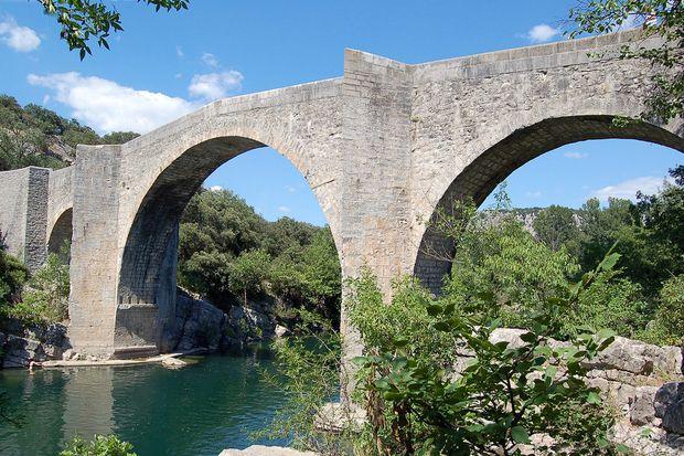 Bas 61528 Pont De Saint Etienne D Issensac Brueckenweb De